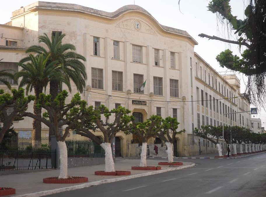 Knowledge as basis for Algeria's Development